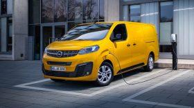 Opel Vivaro e 2020 05