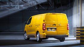 Opel Vivaro e 2020 06