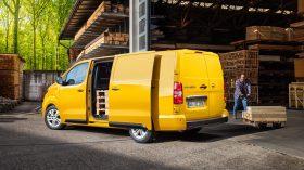 Opel Vivaro e 2020 10