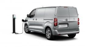 Peugeot e Expert 01