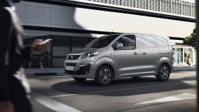 Peugeot e Expert 09