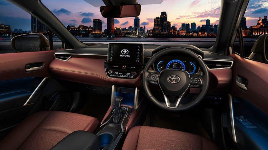 Toyota Corolla Cross 2020 (11)