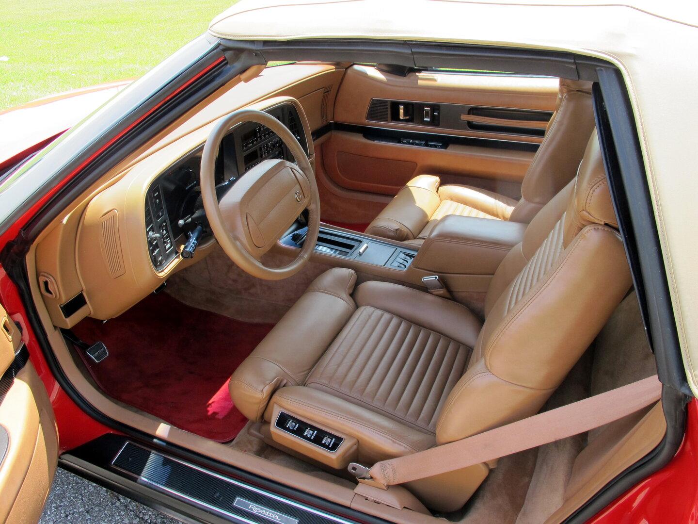 1990 Buick Reatta Convertible 3