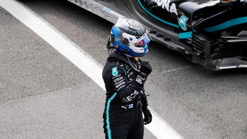 Valteri Bottas consigue la pole en el Gran Premio del 70º Aniversario
