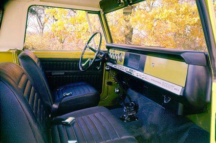 1969 International Harvester Scout 800A Traveltop