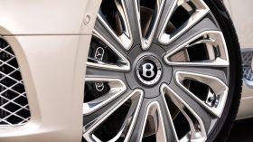 Bentley Continental GT Mulliner 2020 (12)