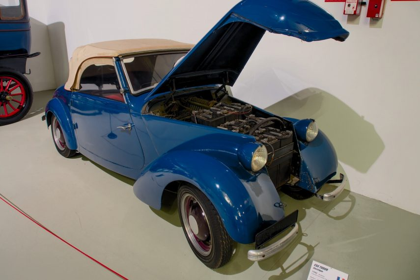 CGE Type TB Cabriolet Tudor azul 3