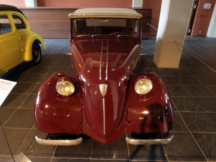 CGE Type TB Cabriolet Tudor rojo