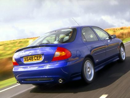 Ford Mondeo ST200 berlina 1