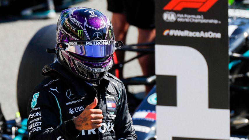 """Hamilton consigue la pole en el """"juego"""" de los rebufos del Gran Premio de Italia"""