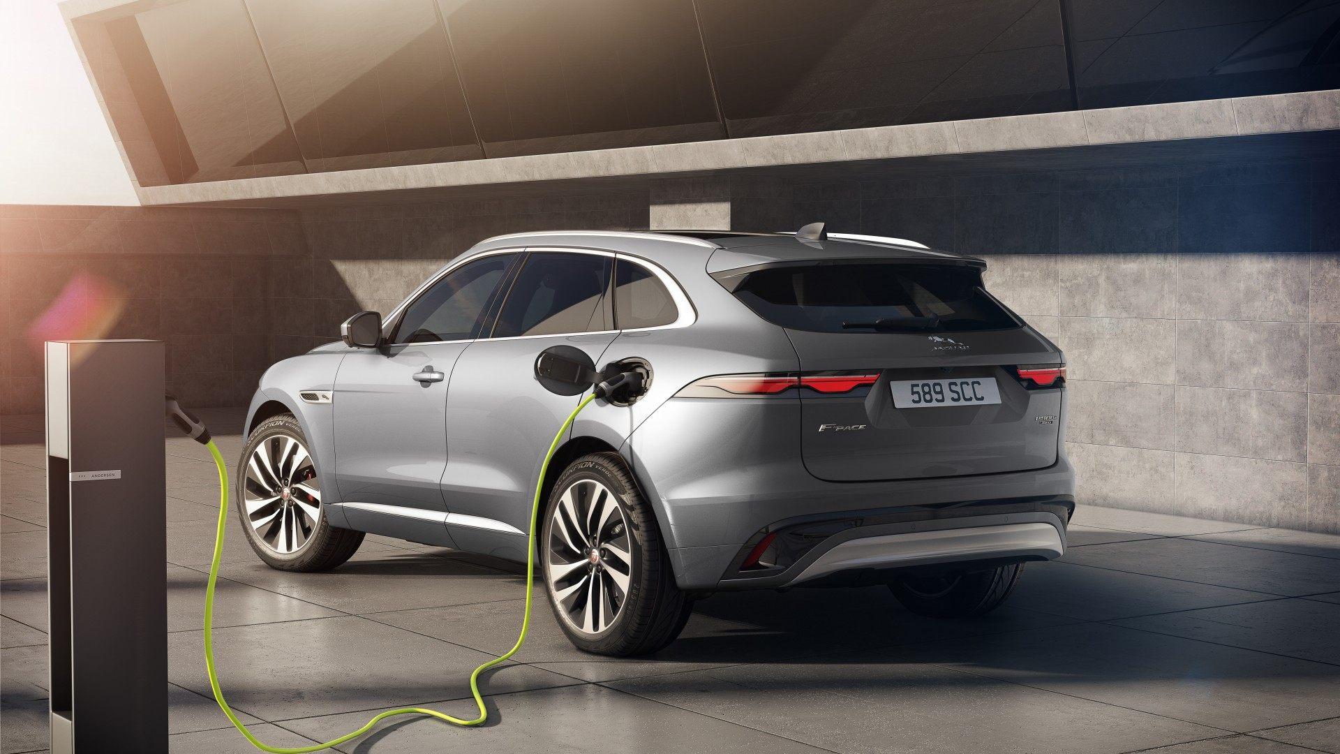Jaguar F Pace 2021 (2)