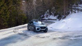 Jaguar F Pace 2021 (37)