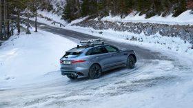 Jaguar F Pace 2021 (38)