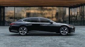 Lexus LS 2021 (13)