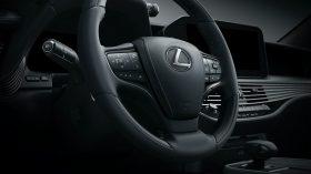 Lexus LS 2021 (23)