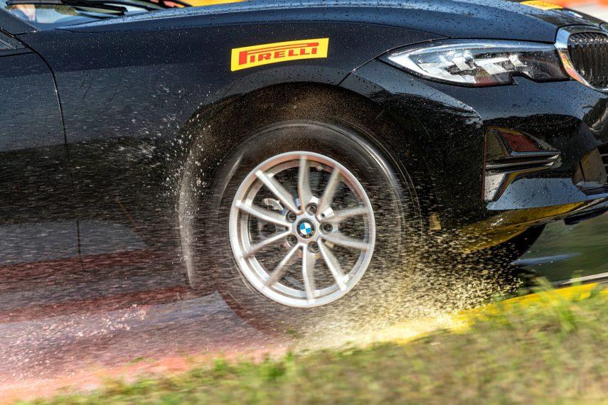 Pirelli anuncia nuevas dimensiones de neumáticos all-season/todotiempo con homologación de invierno