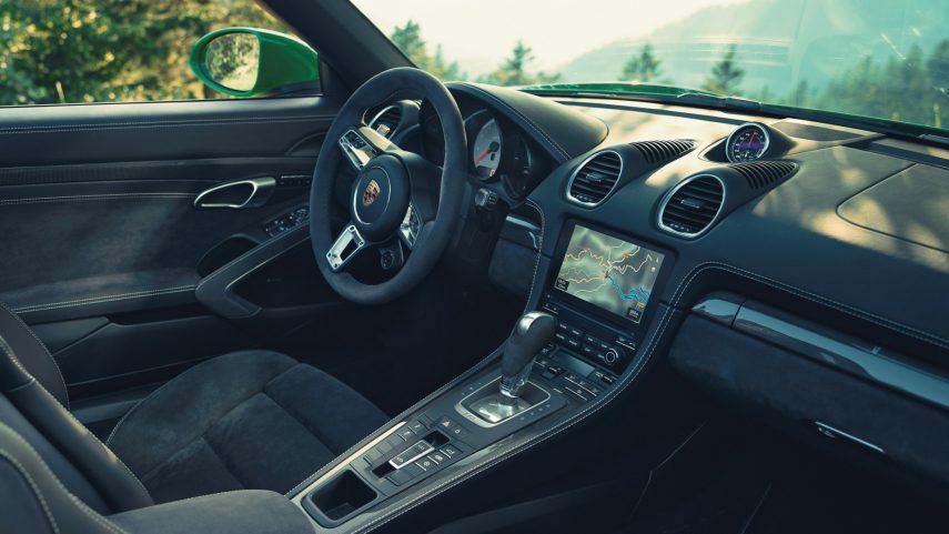 La pareja Porsche 718 Boxster y Cayman de seis cilindros recibe el cambio automático PDK