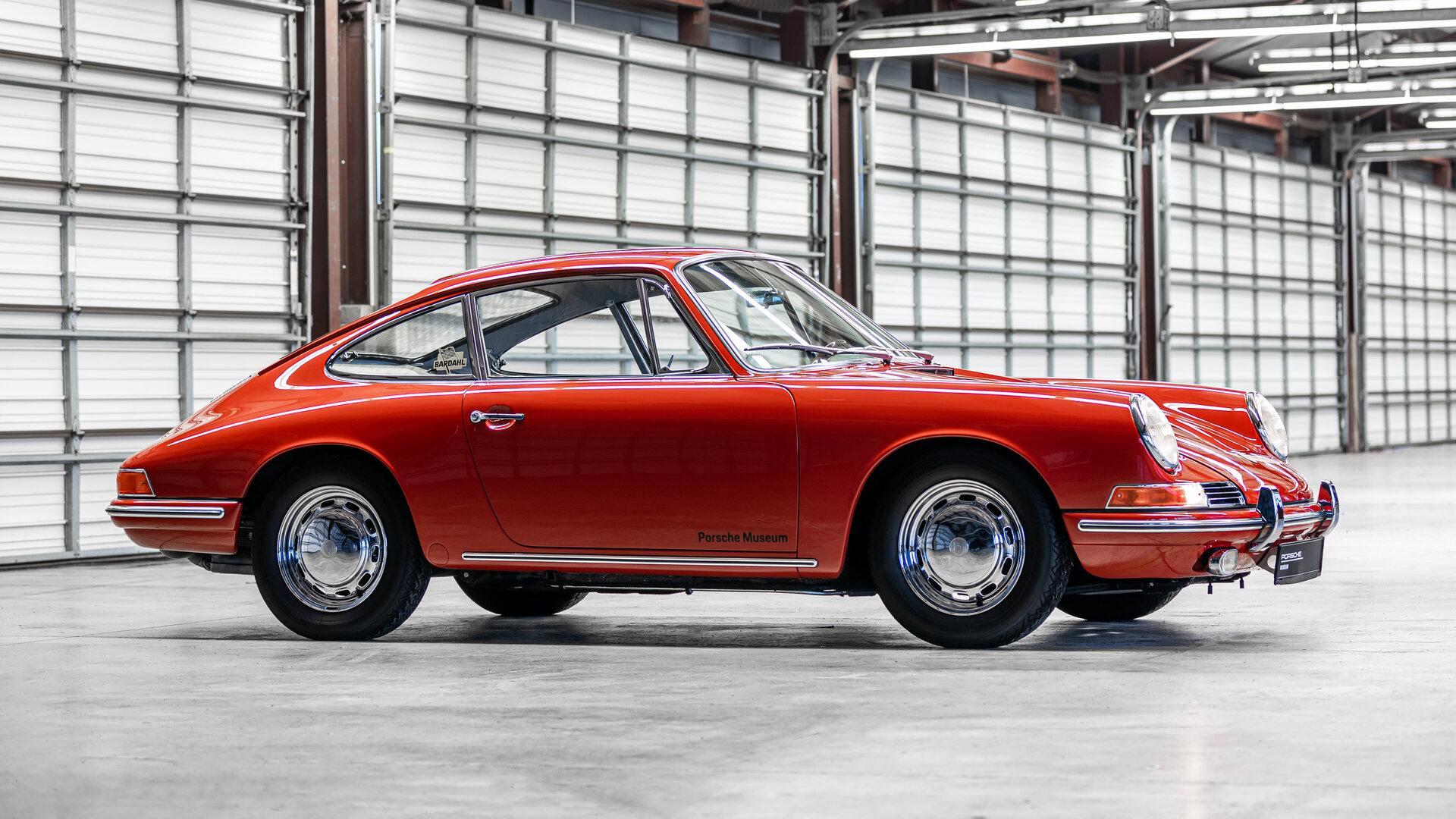 Coche del día: Porsche 911 (901, A-F)