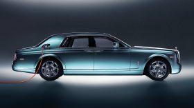 Rolls Royce 102EX Concept 02