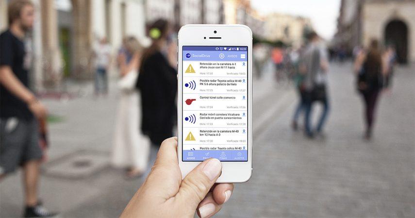 La DGT se posiciona en contra de las apps que avisan de controles policiales
