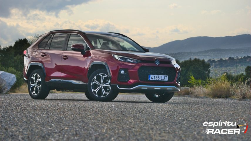 Prueba de contacto: Suzuki Across 2.5 PHEV GLX AWD