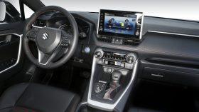 Suzuki Across 2020 081
