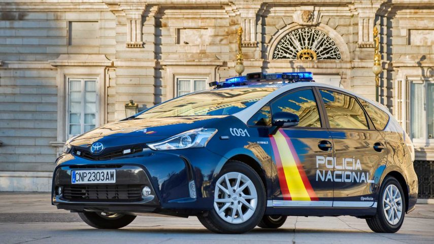 Toyota Prius Plus Policia Nacional