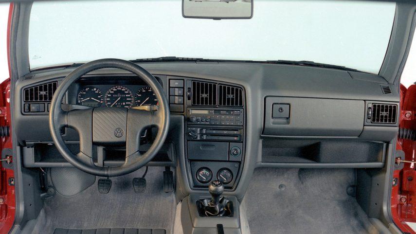 Volkswagen Corrado G60 1988 4