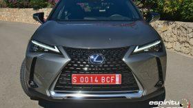 Contacto Lexus UX 300e 08