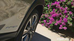Contacto Lexus UX 300e 11