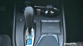 Contacto Lexus UX 300e 14