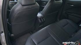 Contacto Lexus UX 300e 16