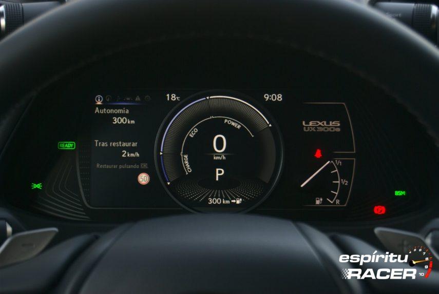 Contacto Lexus UX 300e 17