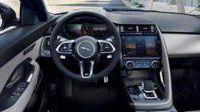 Jaguar E Pace 2021 (44)