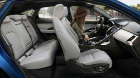 Jaguar E Pace 2021 (51)