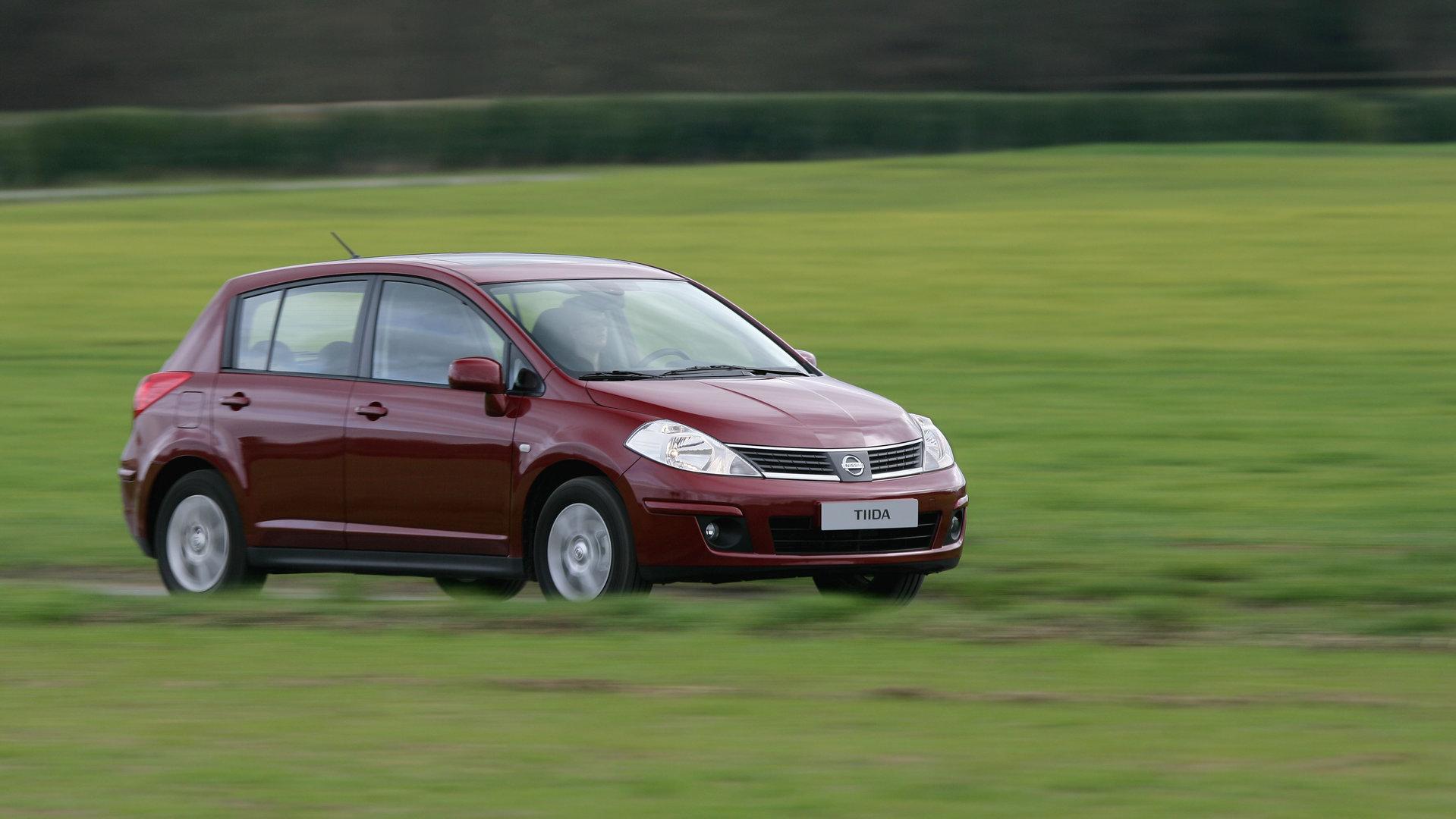 Coche del día: Nissan Tiida (C11)