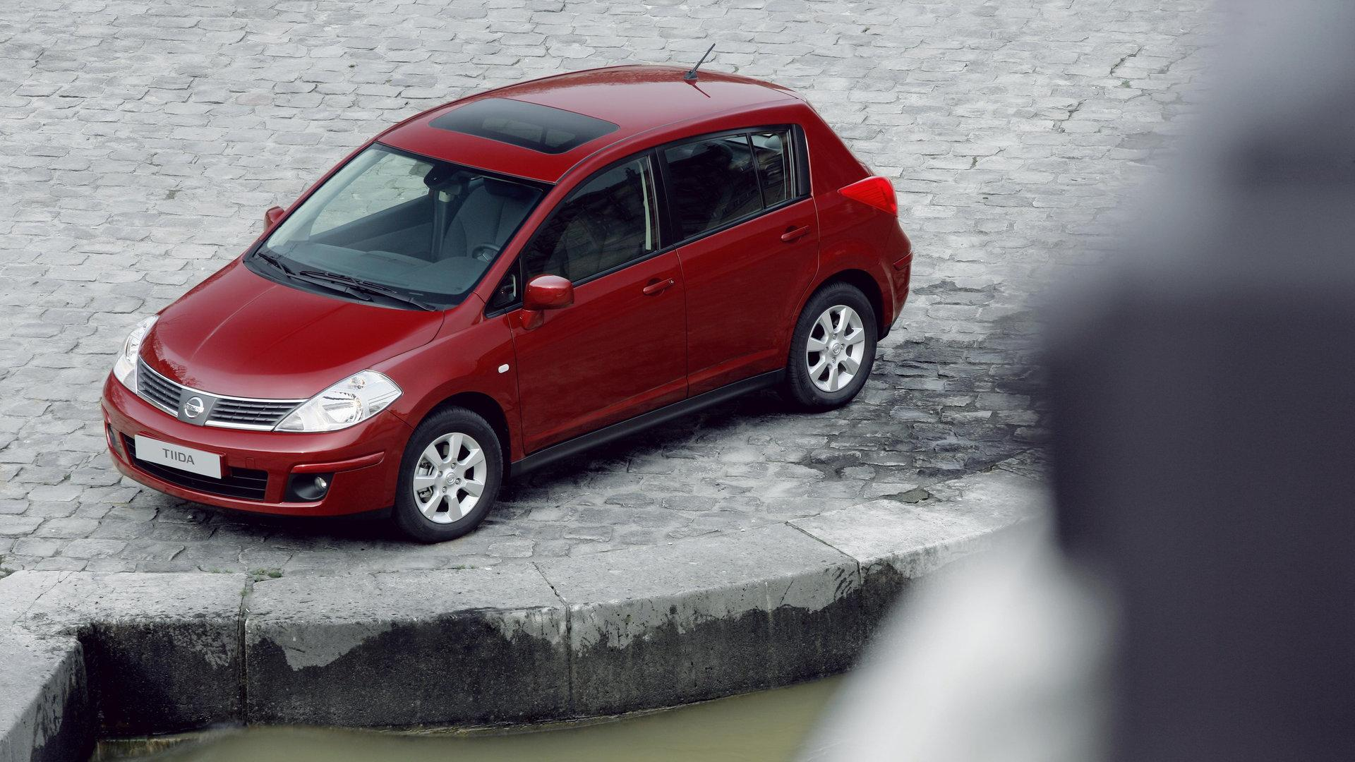 Nissan Tiida hatchback C11 2