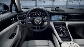 Porsche Panamera 2021 (14)