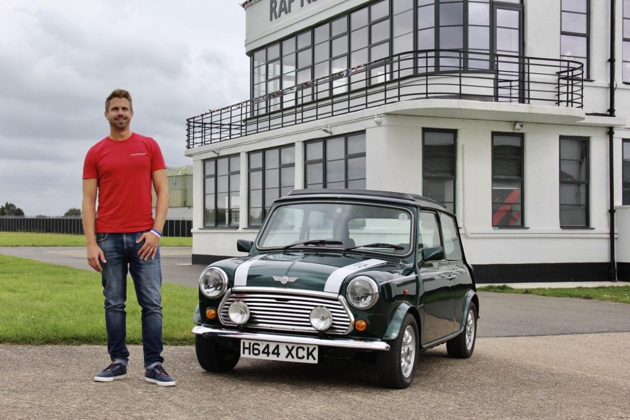 ¿Invertirías en un coche clásico o exótico que no podrías conducir?