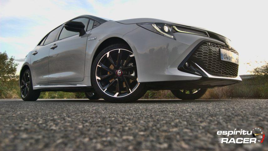 Toyota Corolla 180h GR Sport 14