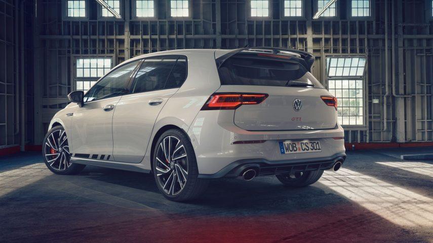 Volkswagen Golf GTI Clubsport 2021 (2)