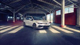 Volkswagen Golf GTI Clubsport 2021 (3)