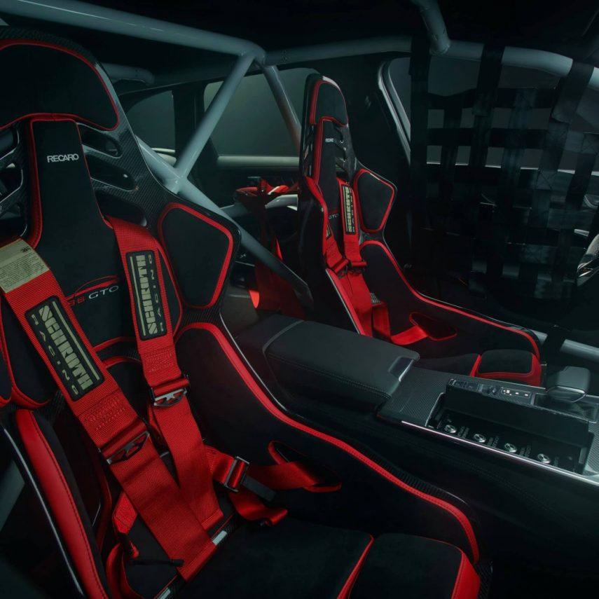 Audi RS 6 GTO Concept 2020 (11)