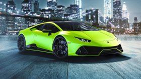 Lamborghini Huracán EVO Fluo Capsule 2020 (18)