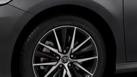 Toyota Camry Hybrid 2021 (14)