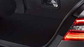 Toyota Camry Hybrid 2021 (17)