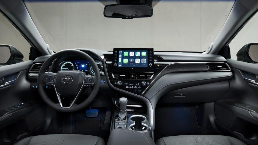 Toyota Camry Hybrid 2021 (19)