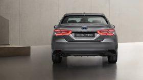 Toyota Camry Hybrid 2021 (5)