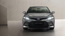 Toyota Camry Hybrid 2021 (6)