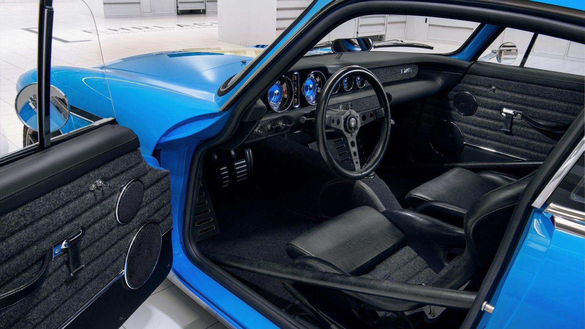 Cyan Racing nos enseña el interior de su Volvo P1800